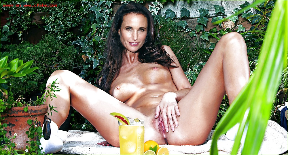 Andie macdowell nude