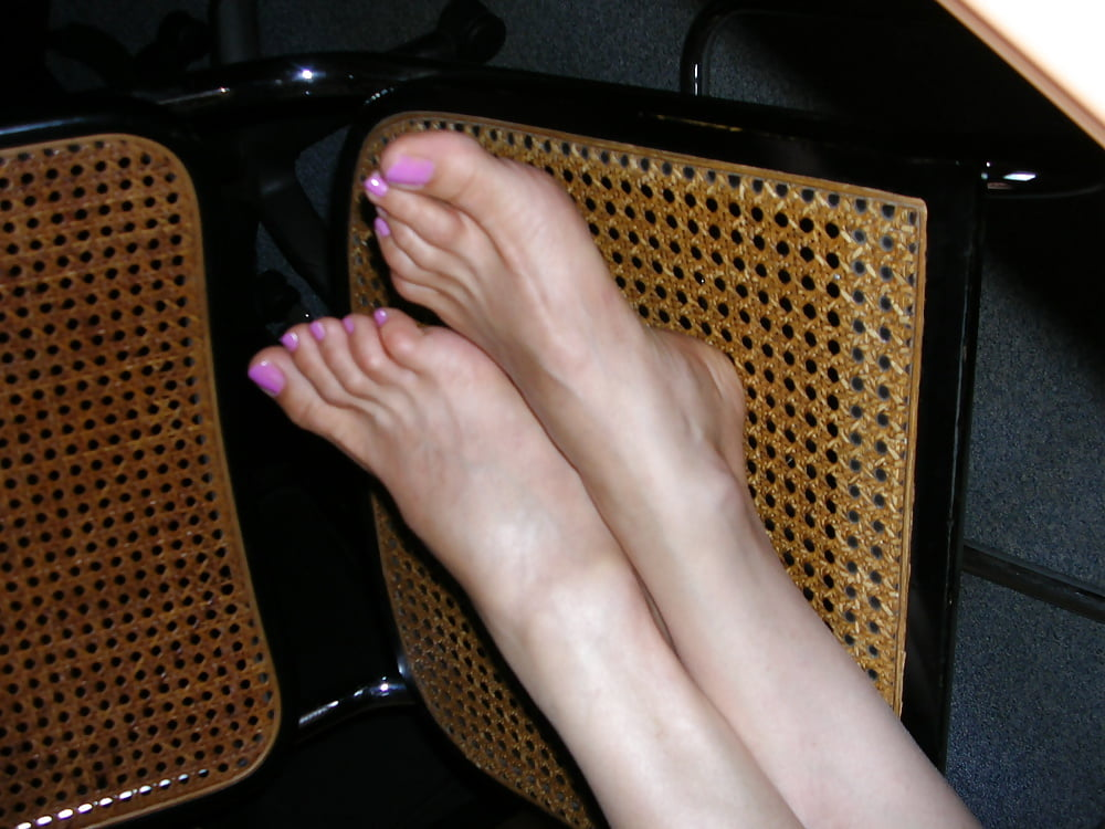 Feet naked porn