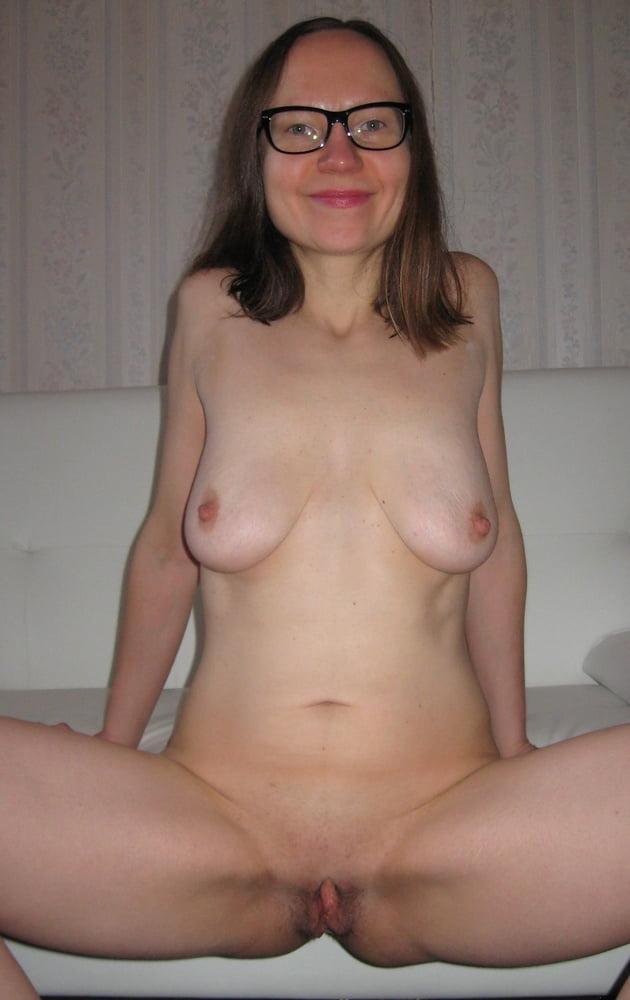 Warm Hot Nerdy Girls Nude Pic