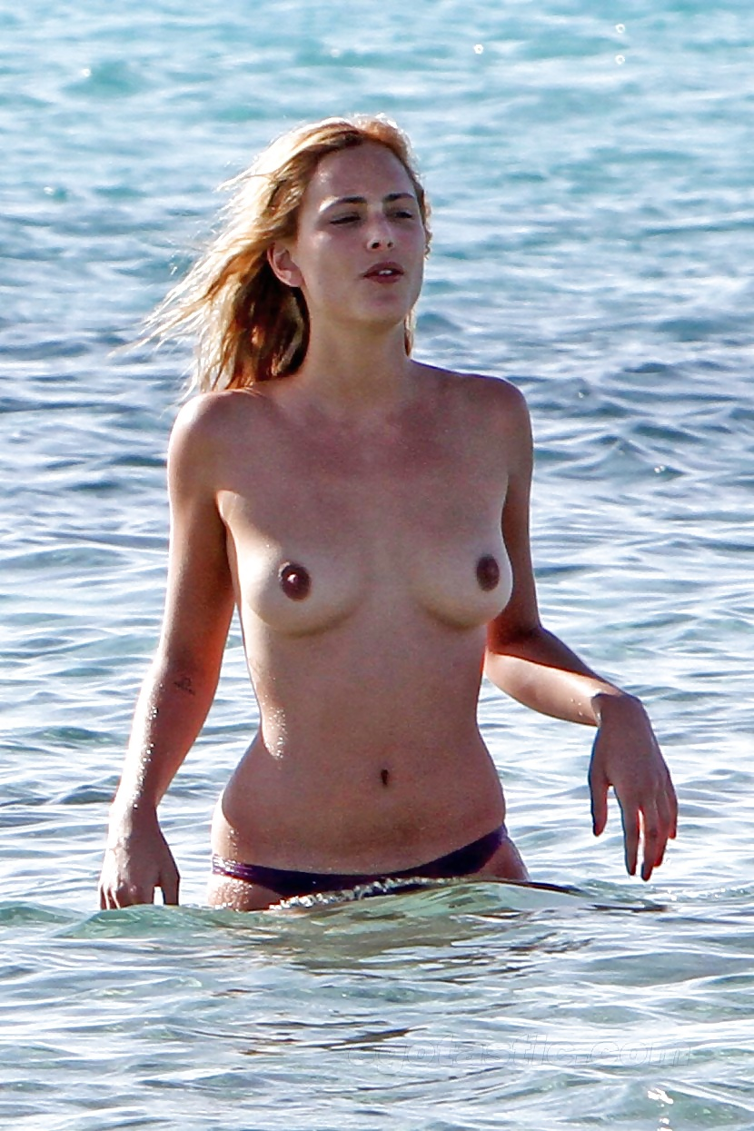 Nora Arnezeder Porno see and save as nora arnezeder porn pict - 4crot