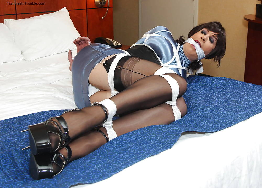 High High Heels Crossdresser Bondage