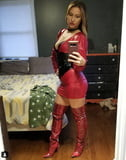 Hot selfies that sizzle - really sizzle