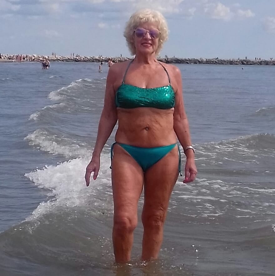 Granny ass to fuck face to cum on