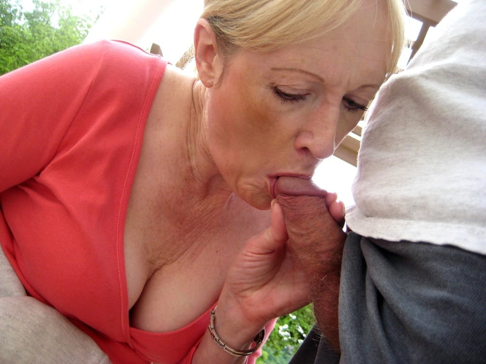 Sexy mature cocksuckers boy oldwoman