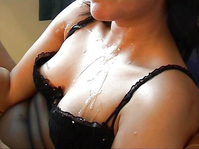 porno-video-zhenshina-odevaet-lifchik-na-goluyu-grud