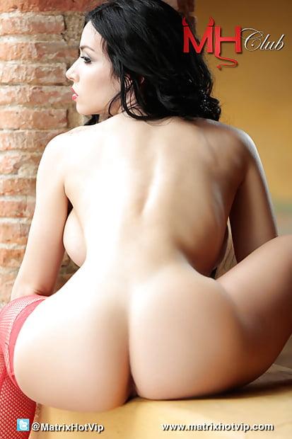 Carolina Sanchez Nude, Fappening, Sexy Photos, Uncensored