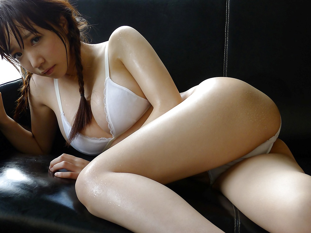 sexy-naked-japanese-sex-and-love-in-the-home