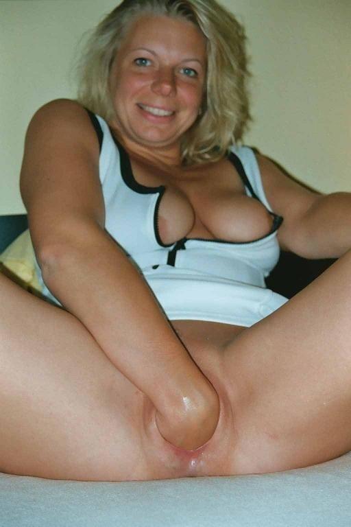 Frauenpenis Mutter Latex Creampie