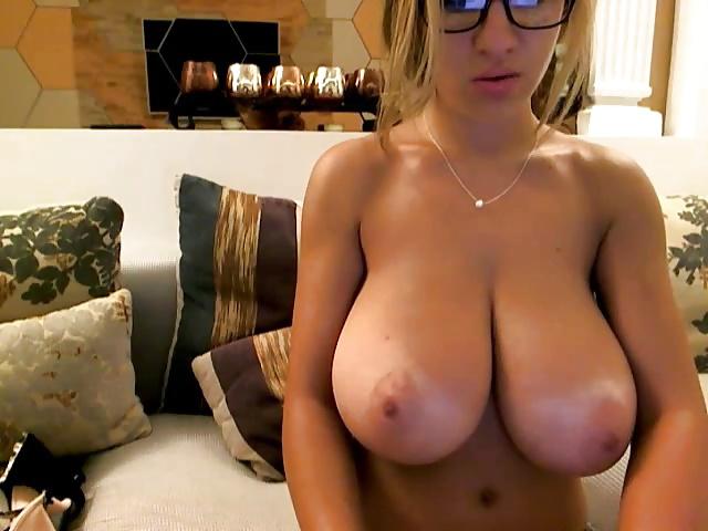 Big tits live cam