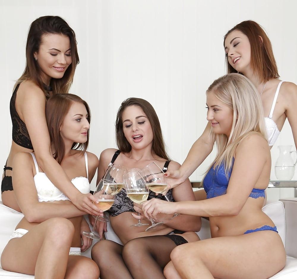 секс фото группы лесбиянок занятиях, неужели