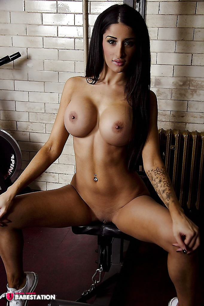 Uk Babe Channels Pictures And Photos