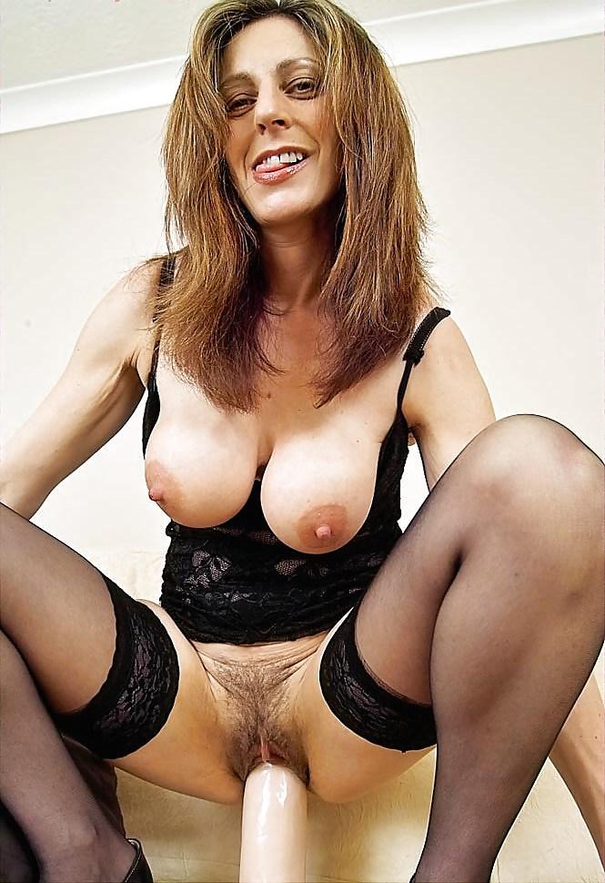 Unique girls nude, juicy mature fanny