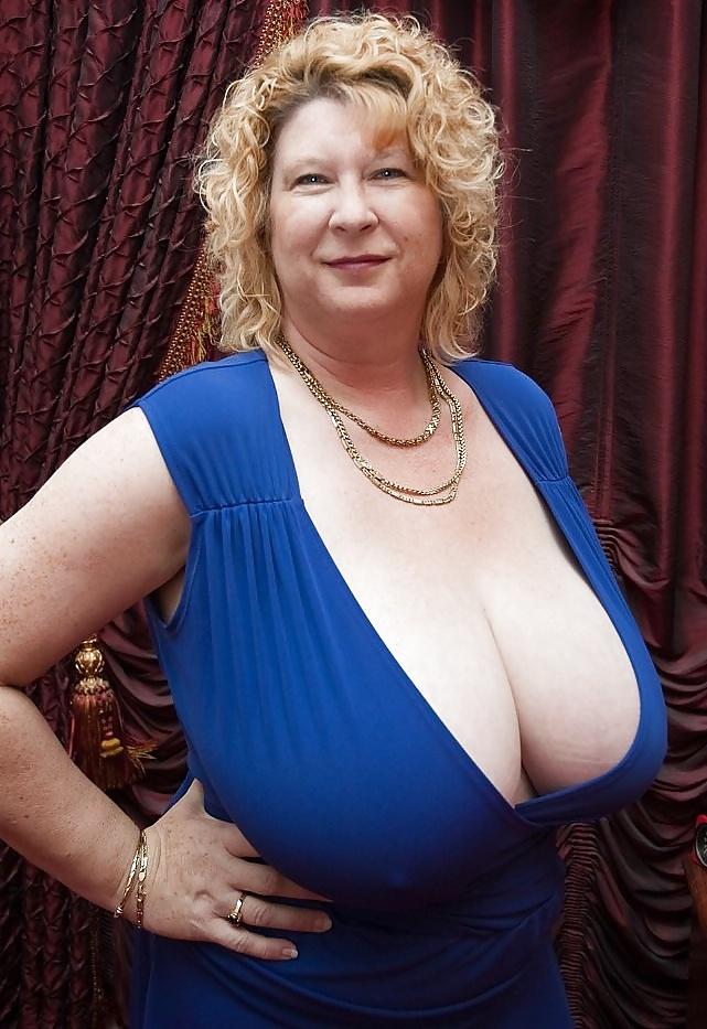 38Hh Breasts - 11 Pics - Xhamstercom-7289