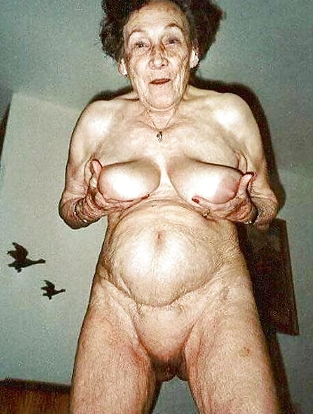 Old disgusting naked women — 6