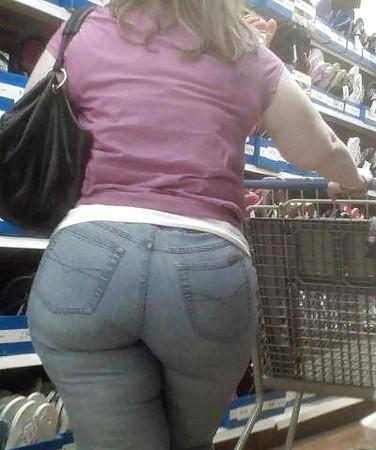 street candid mom big ass
