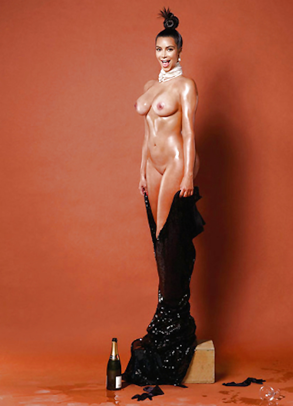 Free pictures of kim kardashian naked — img 1