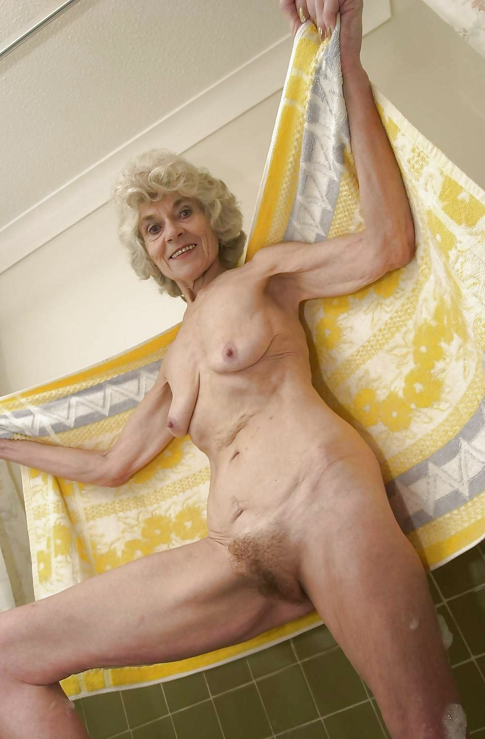 review-sex-granny-torrie-old-and-naked