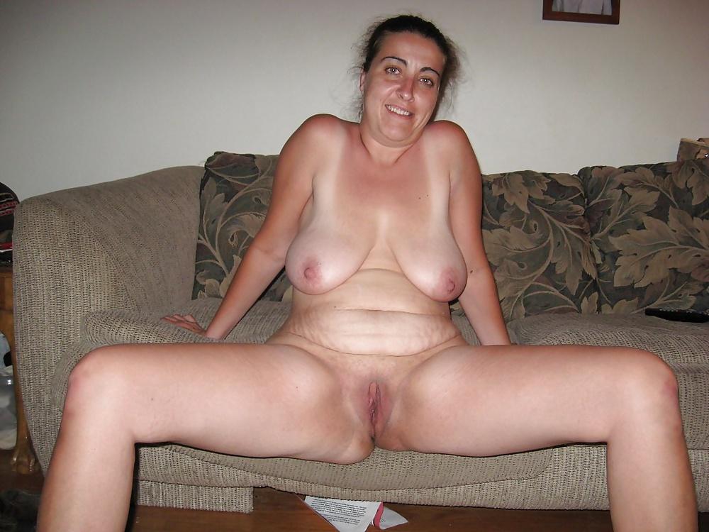 Xxx porno tube Cute asains peeing