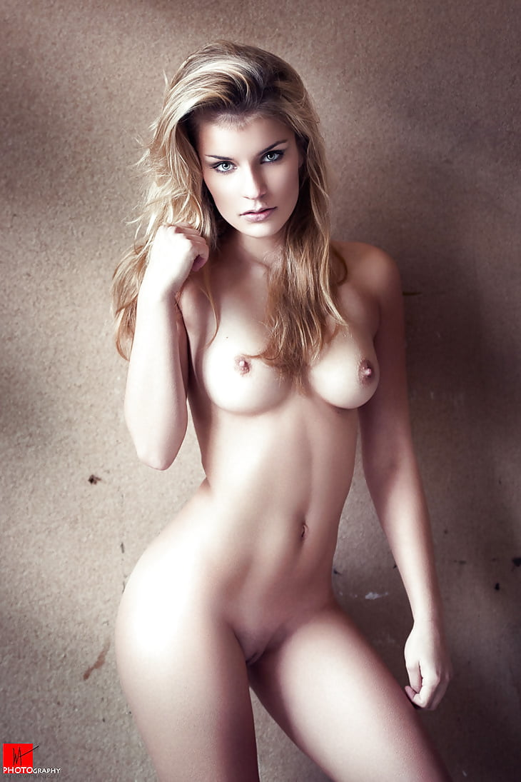 Abbebrook nude — img 9