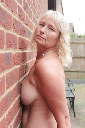 british wives Busty