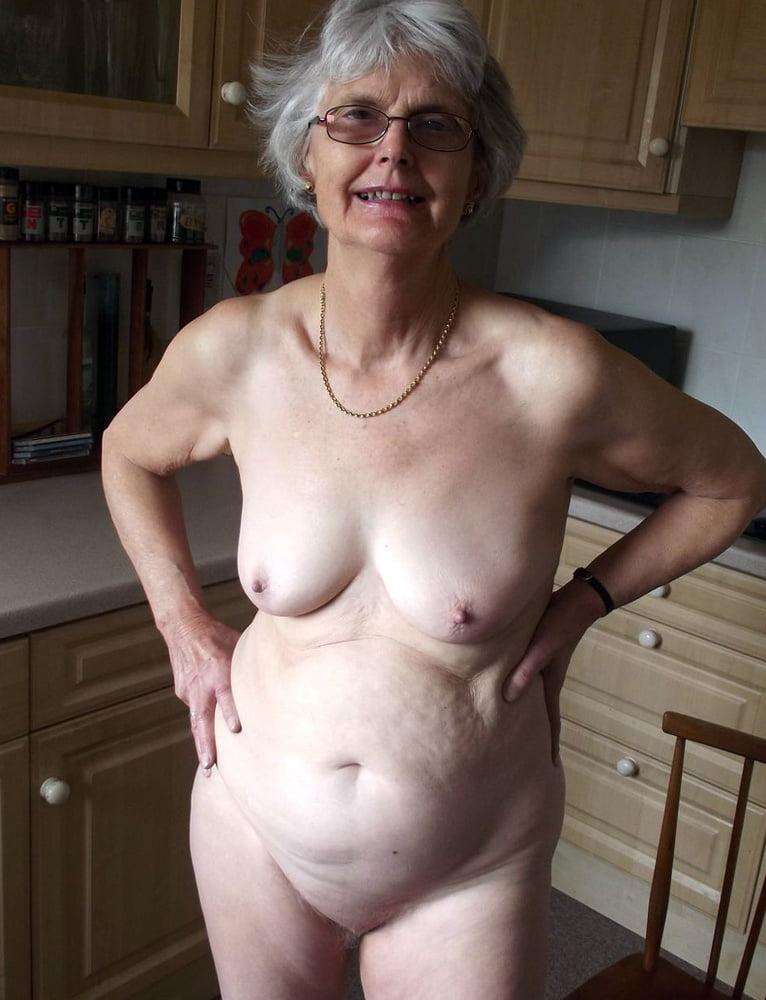 Vintage granny porn pics