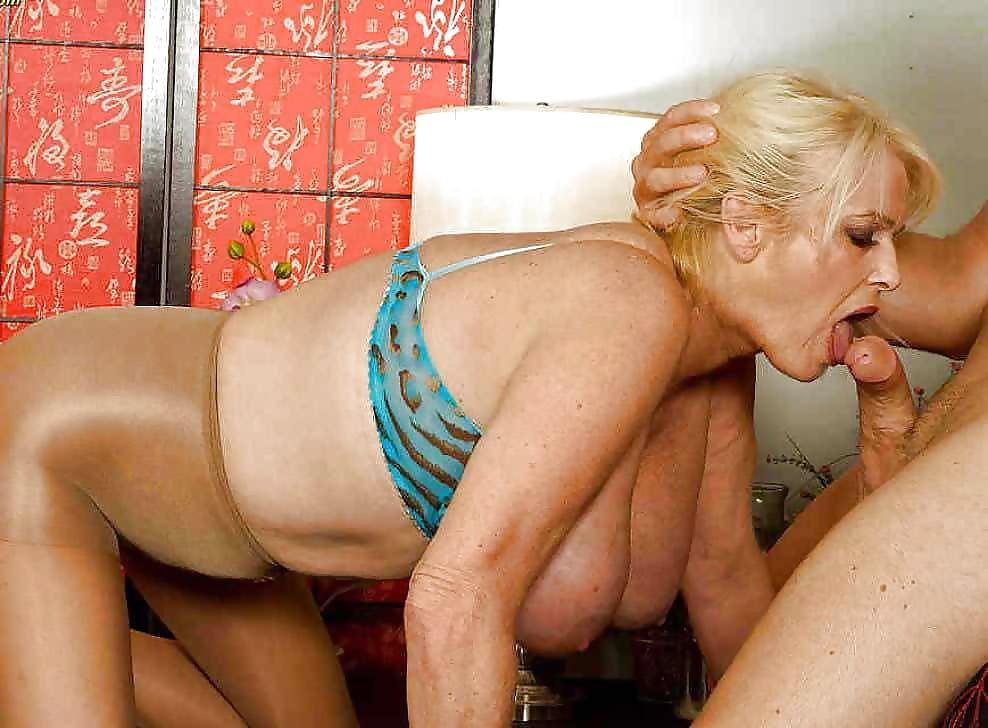 прекрасная старушка порно того