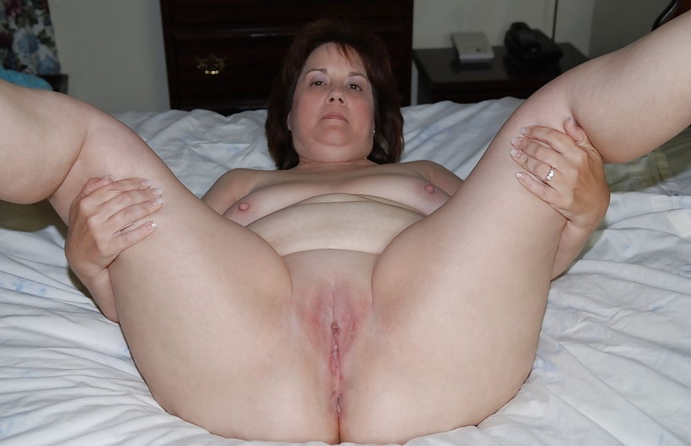 mature amateur chubby pussy