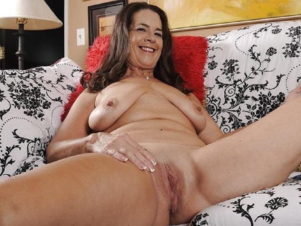 mature-masturbation-porn-pantyhose-pink-sexual-pantyhose-fetish
