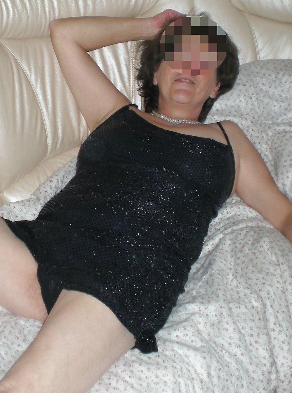 Matez moi me masturber seule ds notre chambre - 1 part 10