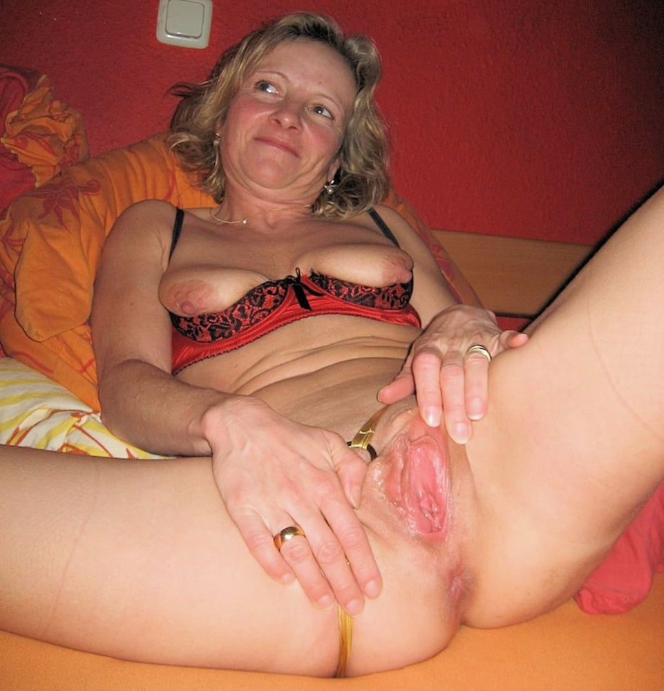 Lesbian spread pussy