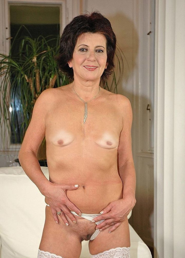 Mature video with small breasts — img 12
