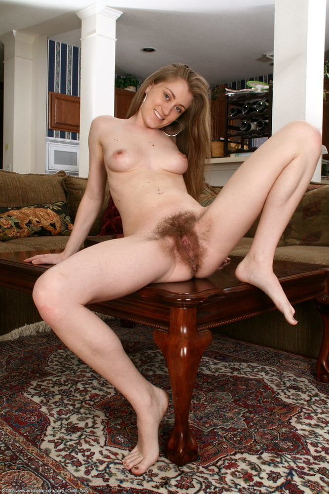 Порно с дианой с волосатой пиздой