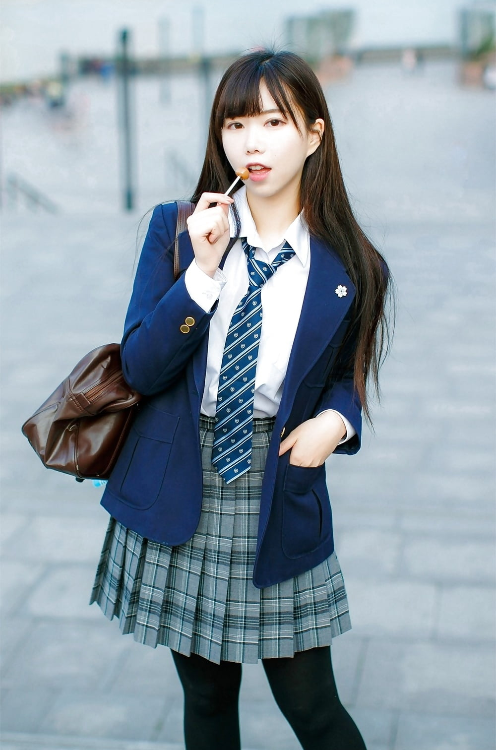 asian-schoolgirl-doctor
