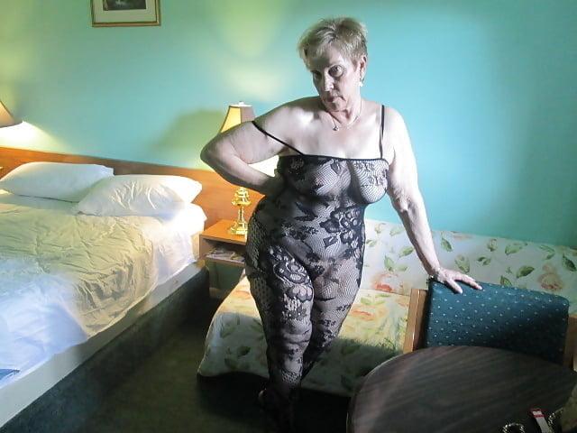 Aunt Sue Porn Pics