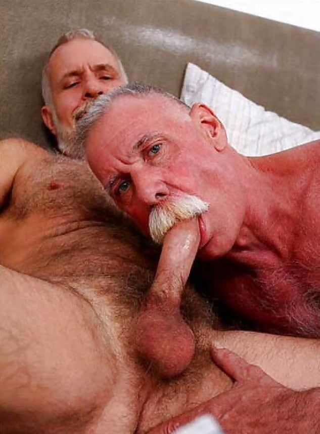 Free Hd Young Step Daughter Outdoor Doggy Riding Old Dad Cum Swallowing Porn Photo