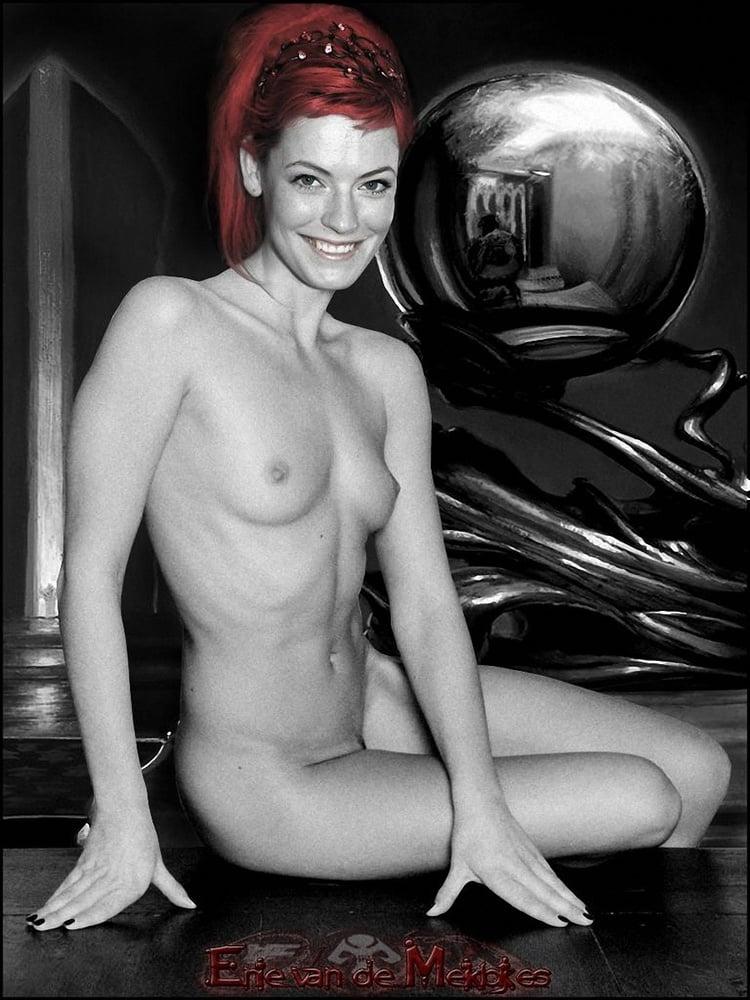 Meiklokjes Enie  nackt van de Überrascht ihre