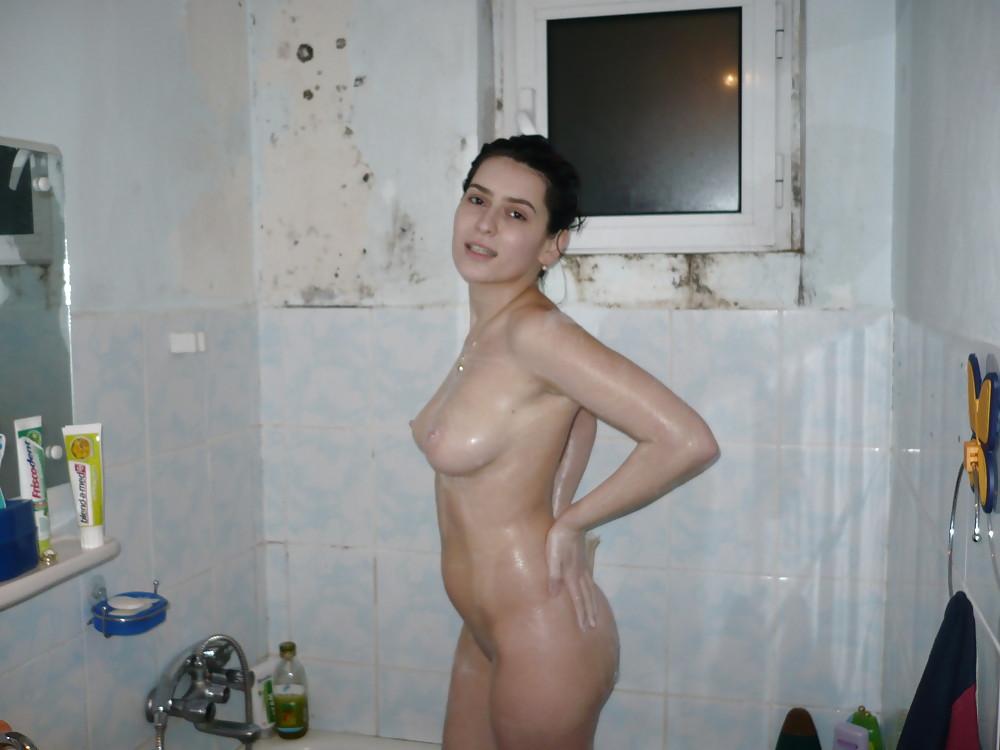 секс в ванной армянка - 8