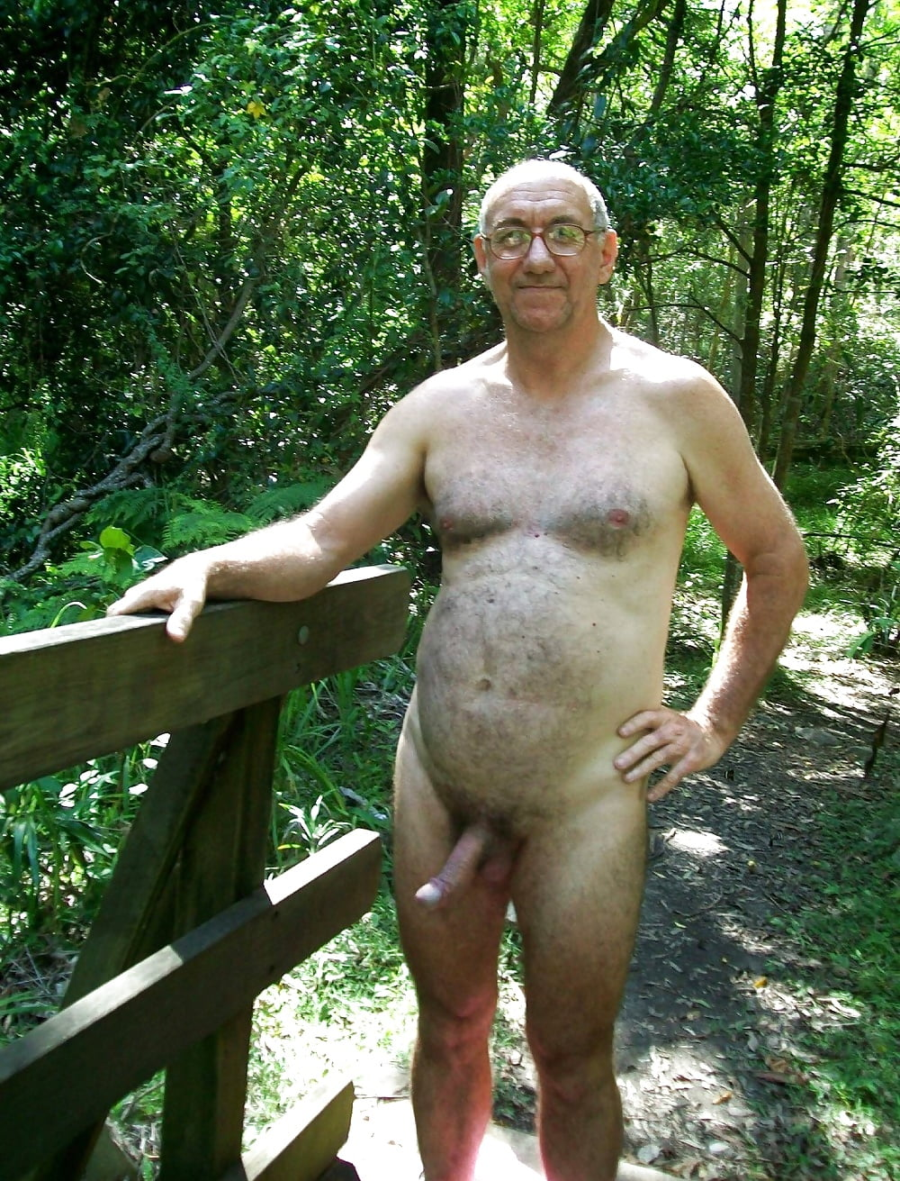 Nude old men paintings
