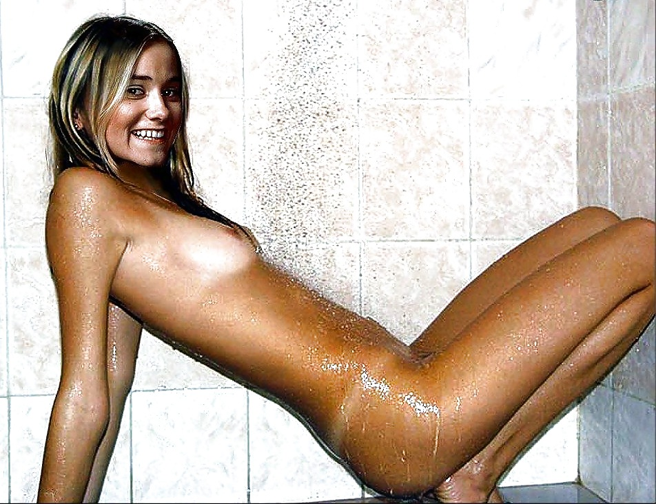 Best Bunches Of Women Nude Gif