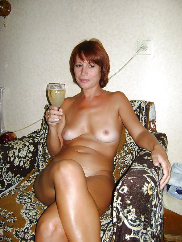 домашние эротические фото женщин в возрасте подходит