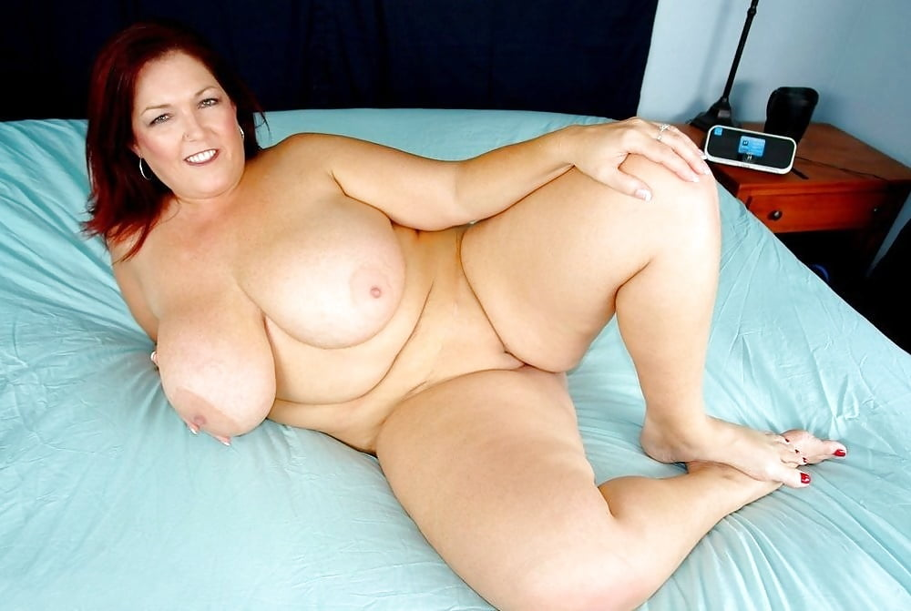 Peaches larue bbw, only one naked at party