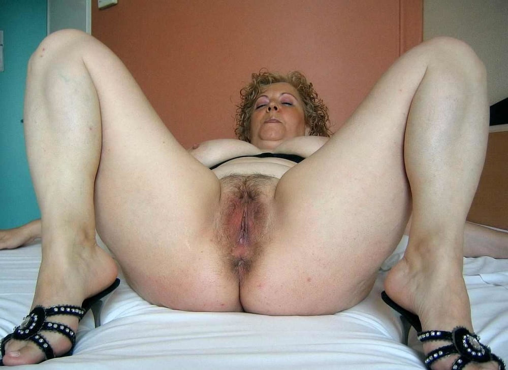 Showing porn images for hairy granny ass porn