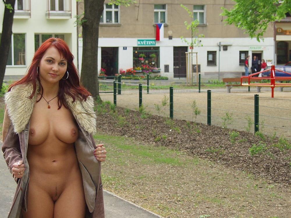 вашего избранника, фото голые до трусов девушки поступил
