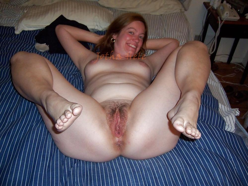 Plump spread pussy sex