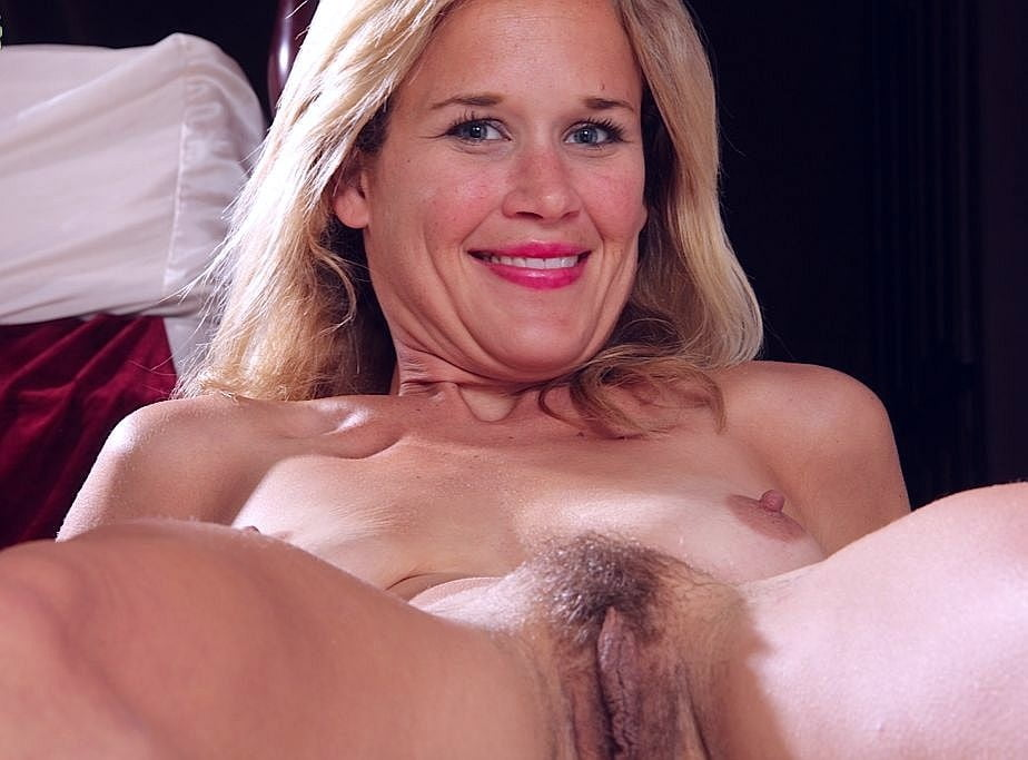 Kate jackson sexy scene in loverboy tnaflix porn pics