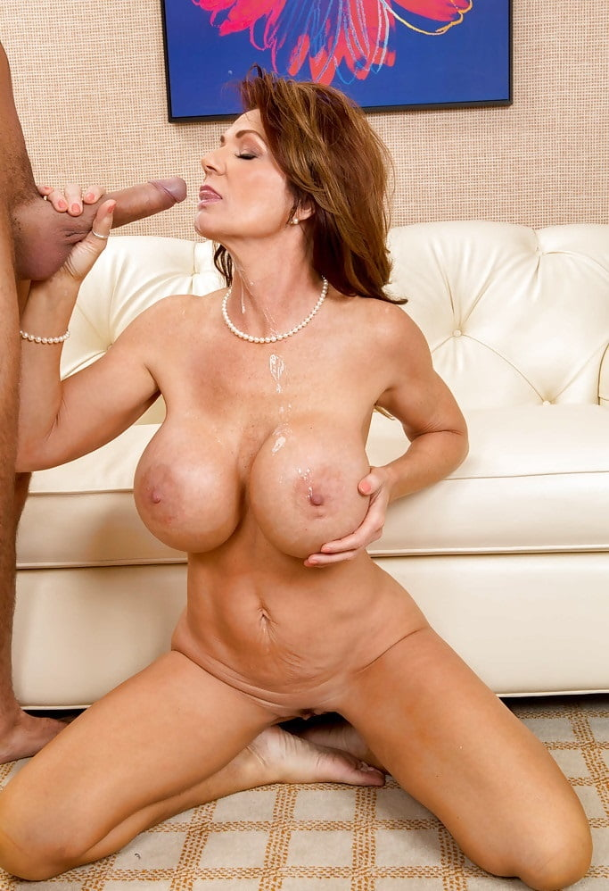deauxma-and-mature-blond