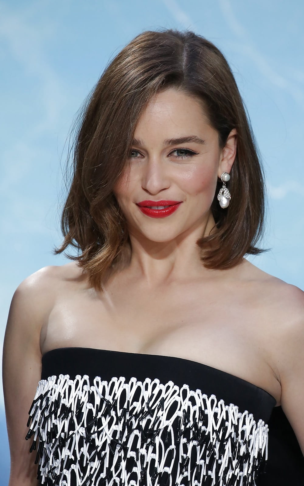 See and Save As sexy emilia clarke xx porn pict - Xhams