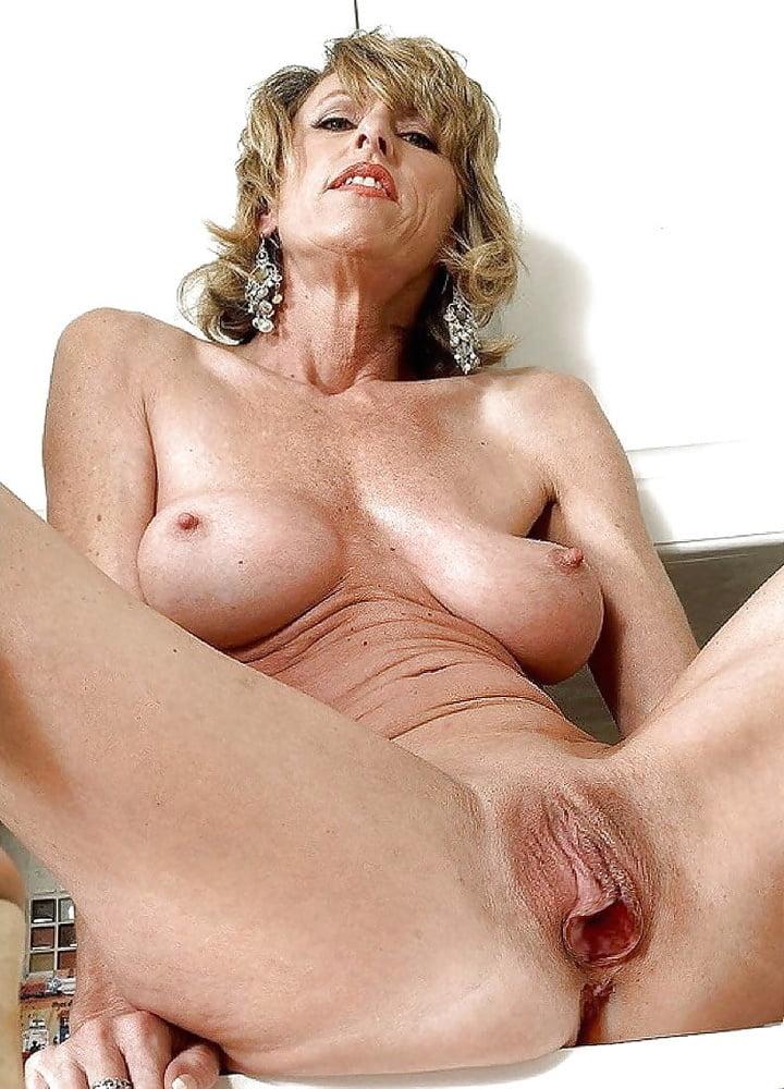 Beautiful german women naked-9885