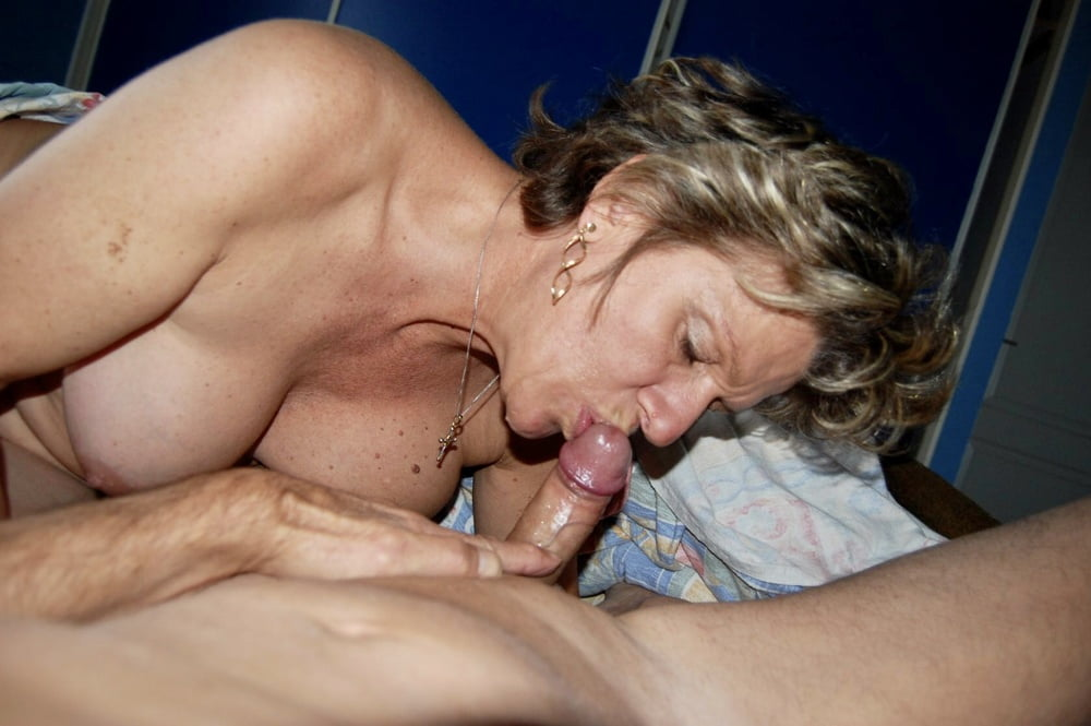Mature couple records their oral sex on camera pov style