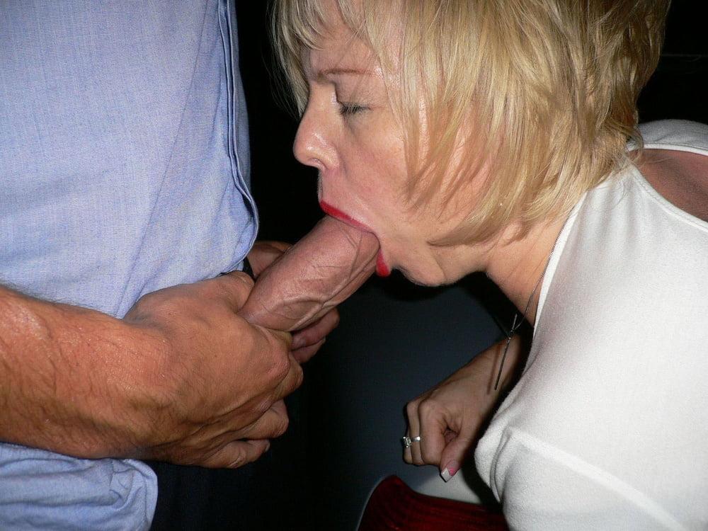 Mature porn oral sex — photo 13